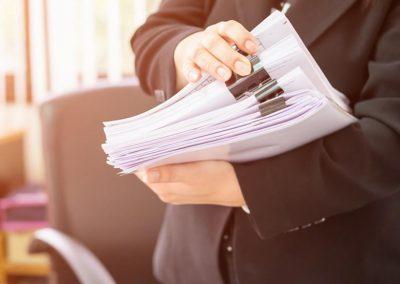Procuración en materia de Familia y Derecho Laboral.